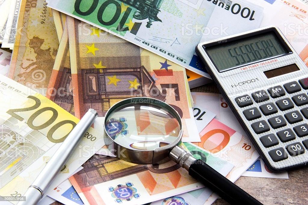Bandi e contributi fondi perduti per imprese, start-up, investimenti.